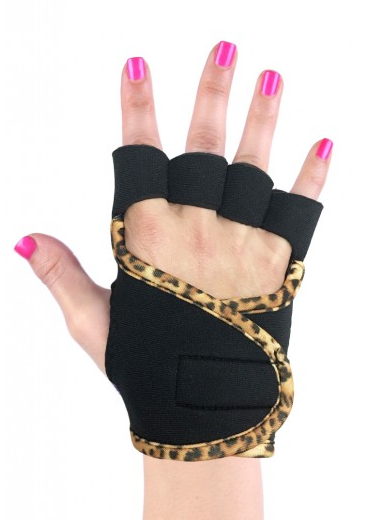G-Loves workout gloves are stylish and hygienic!